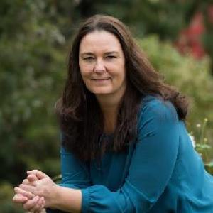 Susen Sandrock Spiritueller Hypnosecoach, Energieheilerin & Medialer Coach